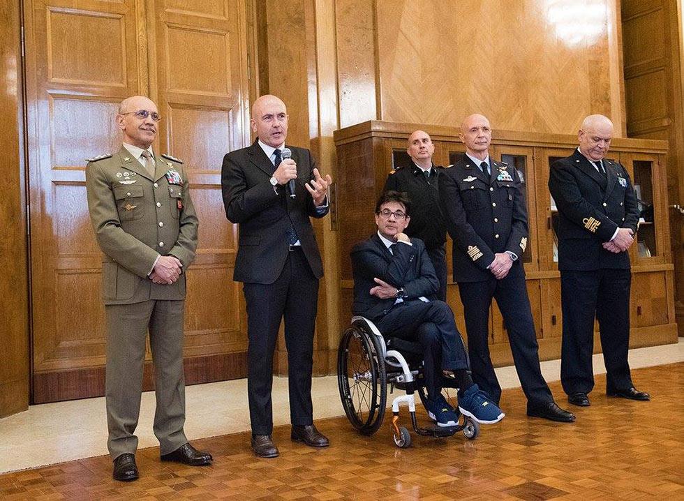 Gioacchino Alfano saluta gli atleti GSPD rientrati da Orlando