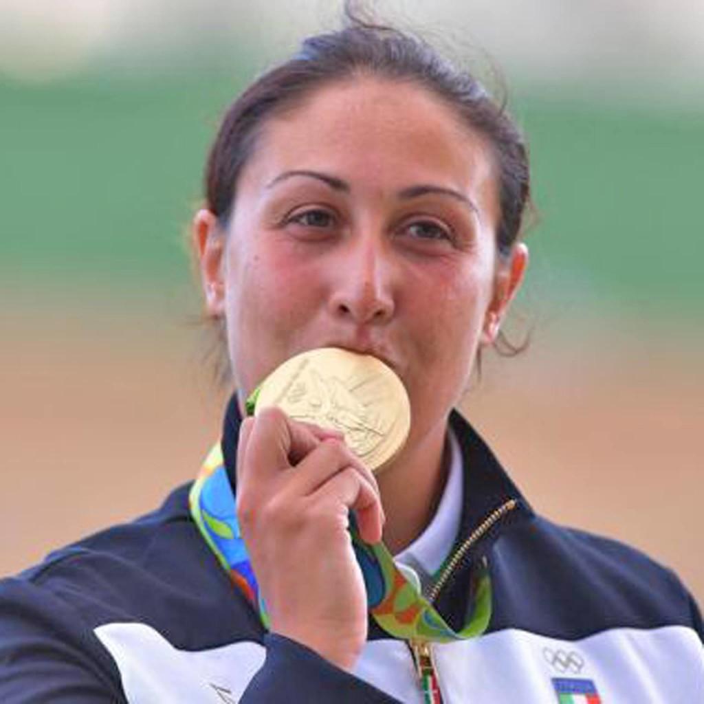 fiero e orgoglioso dela medaglia Diana Bacosi