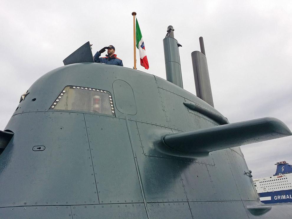 gioacchino-alfano-visita-sommergibile-marina-militare-scire